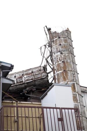 relent: a broken chimney