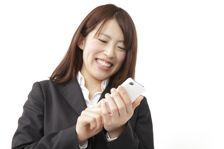 new recruit: New employees with a smartphone