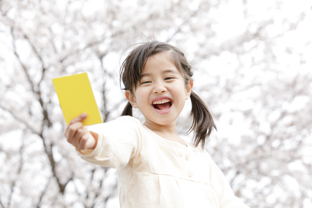 yellow card: Girl to issue a yellow card