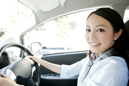 welcome smile: Women driving