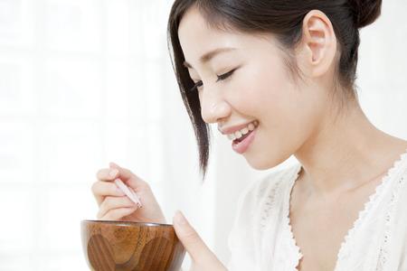 Women who drink miso soup