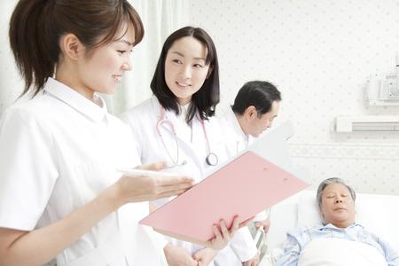医師や看護師にラウンド