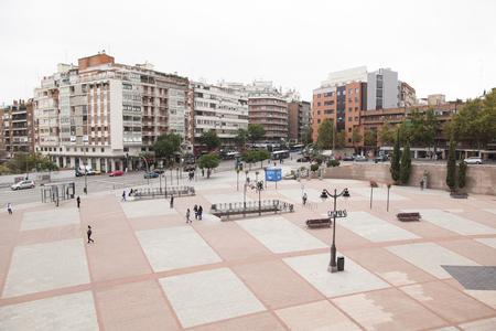las ventas: Las Ventas the square in front of the