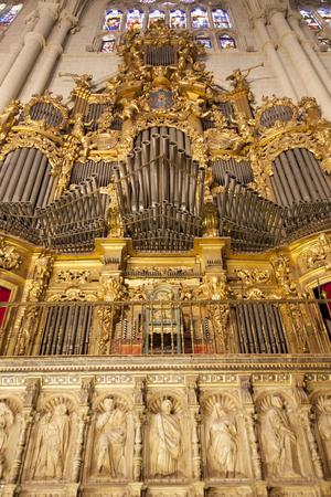 pipe organ: Toledo Cathedral pipe organ