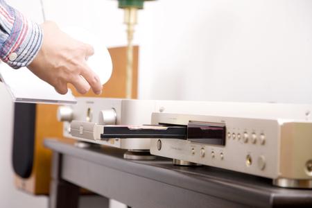 handy man: Handy man to set CD