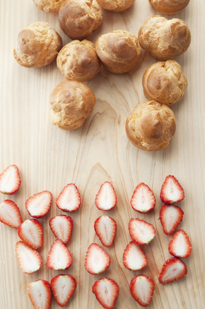 shu: Strawberry cream puff