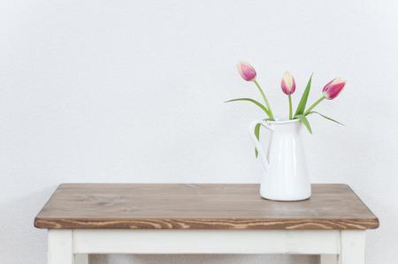 いたずらなチューリップの花瓶