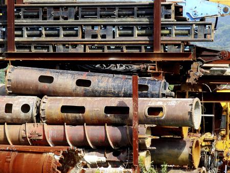decomposed: steel frame of the decomposed crane Foto de archivo