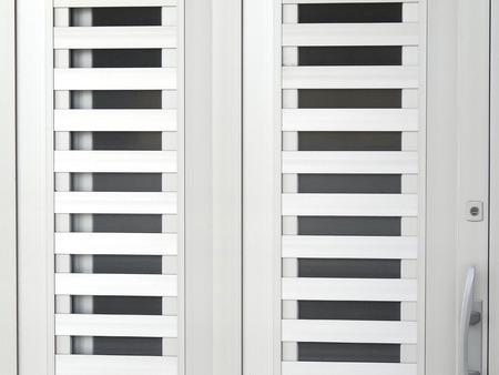 sliding door: Sliding door of the house of aluminum