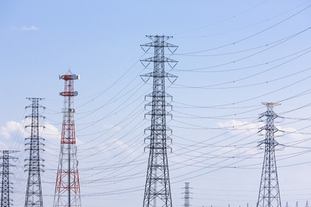 power line transmission: Power transmission line