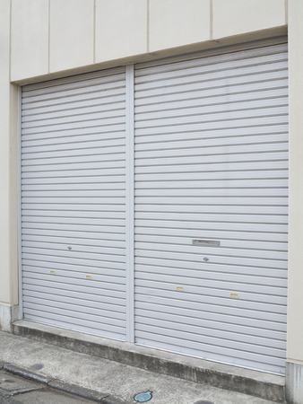 shutter: Shutter closed