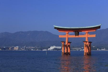 torii: Miyajima Torii