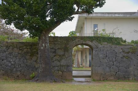 ryukyu: Ishigaki and Churafukugi of public office traces of the Ryukyu Dynasty