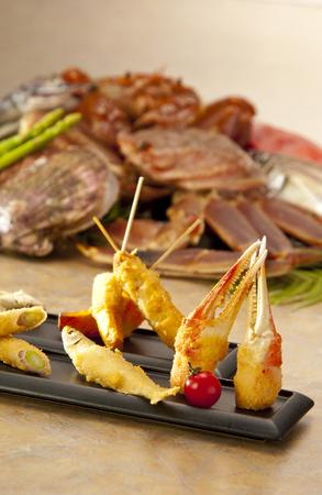 smelt: Crab claws and smelt of tempura