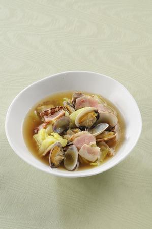 clams: Clams of bacon soup