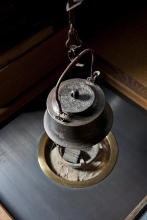 囲炉裏の鉄瓶