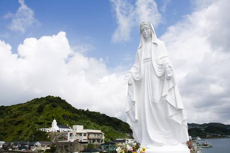 하나님 - 섬 교회의 마돈나