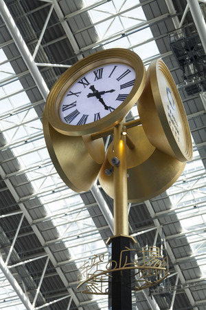 spacetime: Large clock of space-time Square
