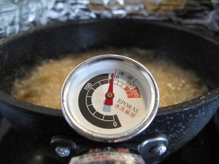 食用油の温度計 写真素材