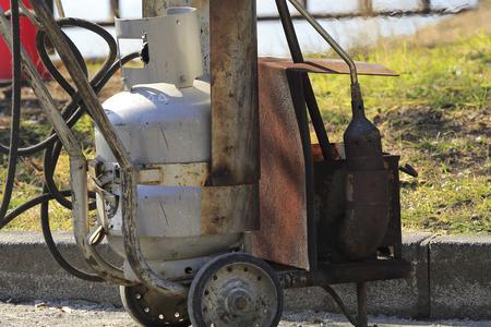 道路工事のガス バーナー