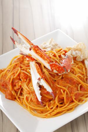 blue crab: Blue crab of tomato-style pasta