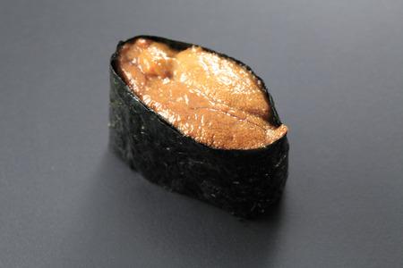 pilluelo: Sushi sea urchin
