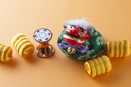 arts culture and entertainment: Lion dance and Beitawara Stock Photo