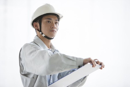 margin of safety: Male workers to check the site
