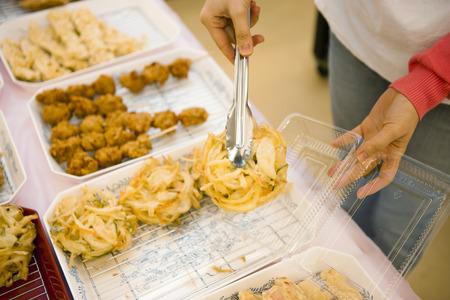 food hygiene: Women who buy deli