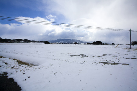 millonario: La mayoría de los inviernos de fusión ruinas nieve acumulada meses millonarias Hara Temple
