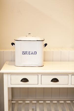 a detached living room: Bread Case