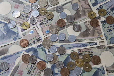 紙幣と硬貨