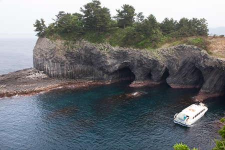 obrero: Cuevas