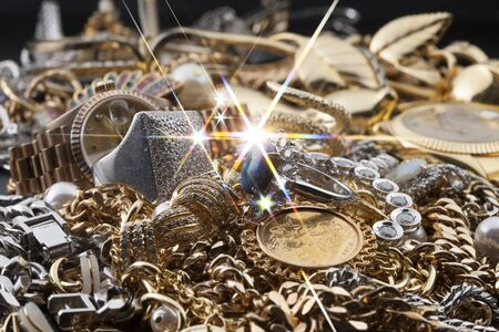 precious metal: The sparkling precious metal