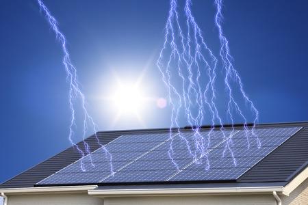 Solarstrom und blauer Himmel in der Stromerzeugung