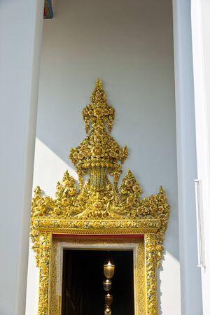 nirvana: Wat Pho Nirvana Buddha doorway