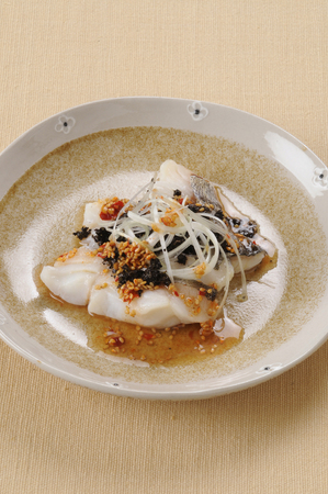 oolong tea: Oolong tea steamed cod