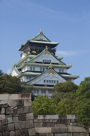 osaka castle: Osaka Castle from Gokurakubashi