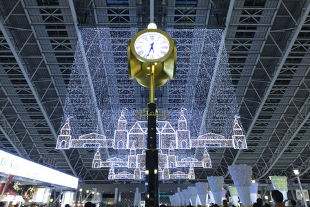 spacetime: Square illumination of Osaka Station space-time Editorial