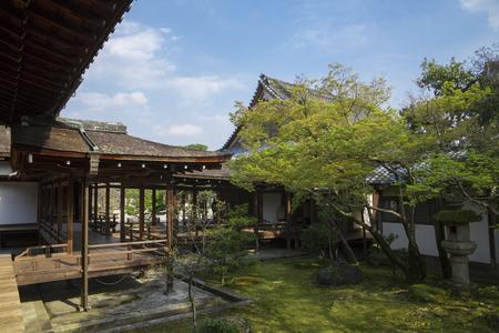 ninnaji: Ninna-ji Temple palace corridor
