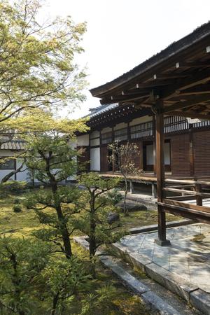 ninnaji: Ninna-ji Temple palace courtyard