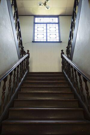 旧奈良県立図書館の階段