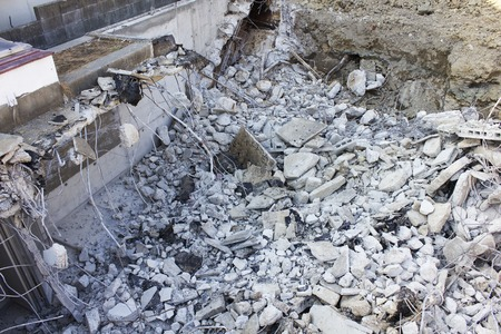 dismantling: Dismantling construction of concrete houses Stock Photo