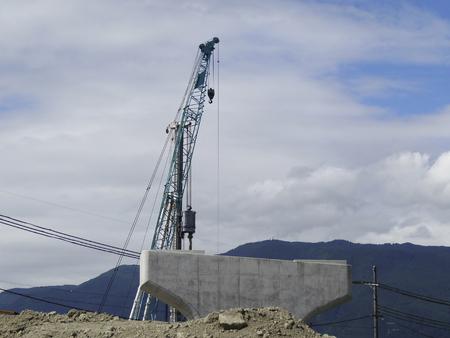 civil engineering: Crane of civil engineering work