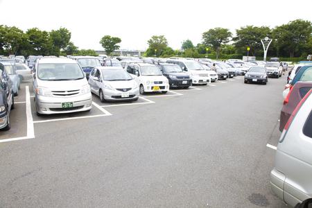 混雑した駐車場