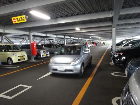 乗用車駐車場 報道画像
