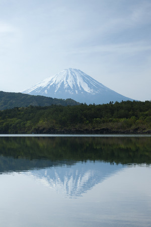 saiko: West Lake and Mount Fuji Stock Photo