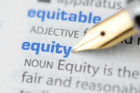 equidad: Equidad - Diccionario de la serie