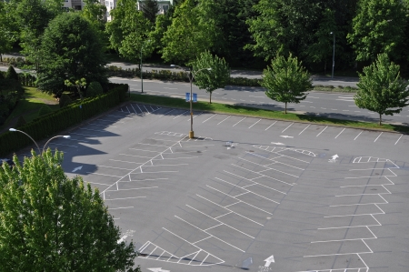 Lege parkeerplaats Stockfoto - 14876315