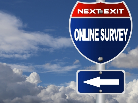 Online survey road sign Stock Photo - 18776477